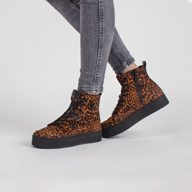 Subway Plateau Leopard