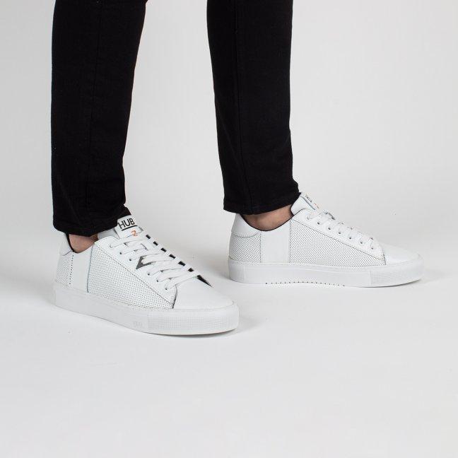 Hook CS Perforated White/White