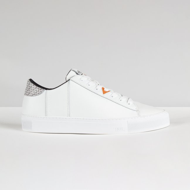 Hook CS Logo White/White