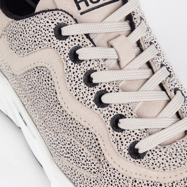 ROCK DOTTED LEATHER