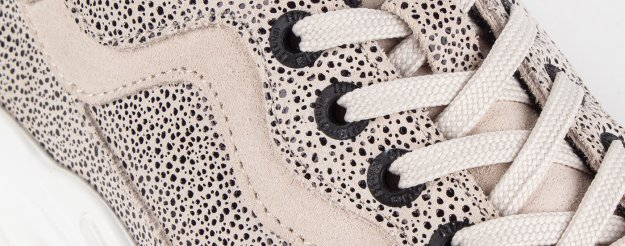 (Dotted) Suede